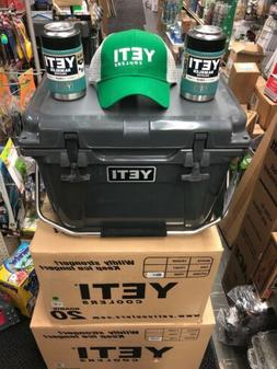 BRAND NEW YETI Roadie 20 Cooler Charcoal  Ice Chest 2 colste