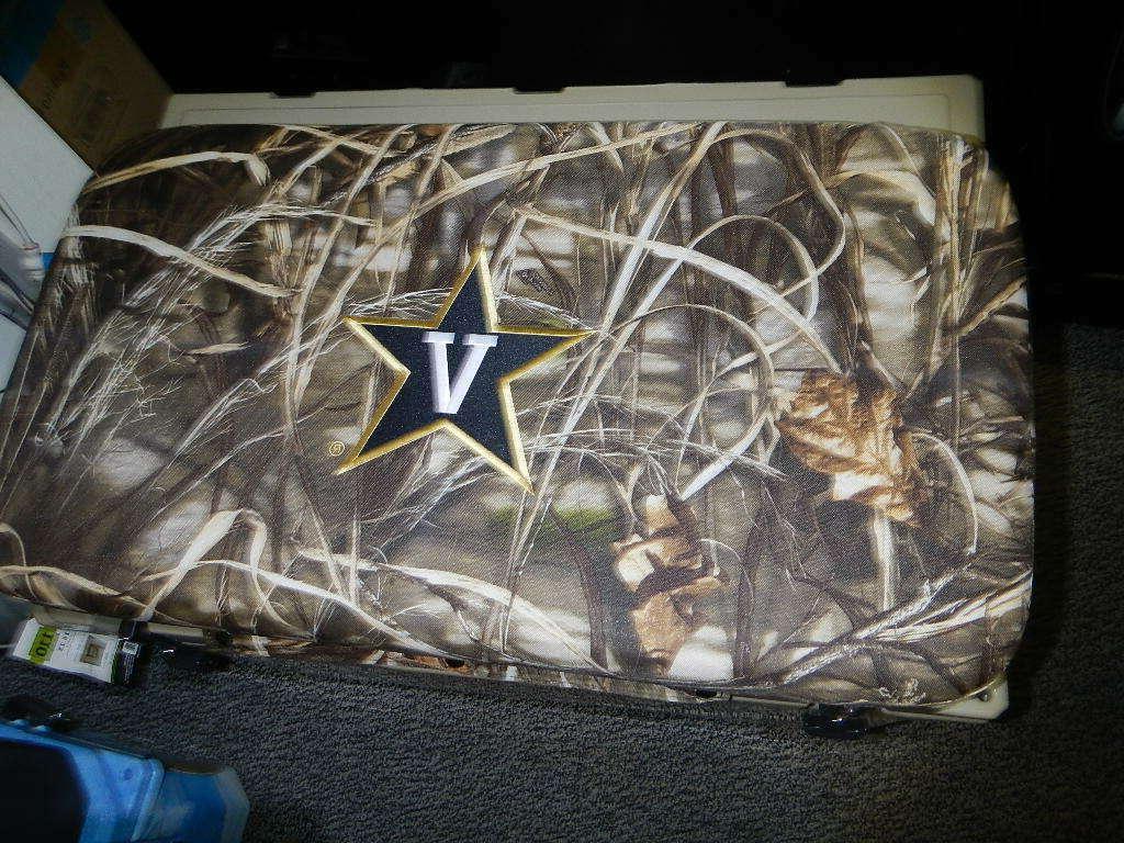 Yeti Others Cushion Vanderbilt FREE SHIPPING
