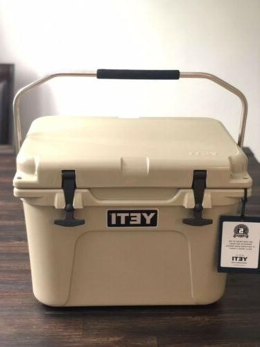 Yeti Roadie Cooler -NEW- Desert RARE DISCONTINUED