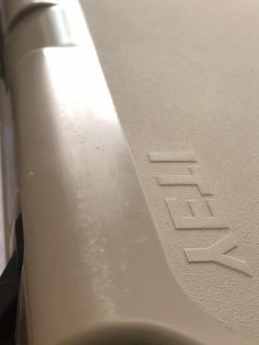Yeti Roadie Cooler -NEW- Desert Tan RARE DISCONTINUED